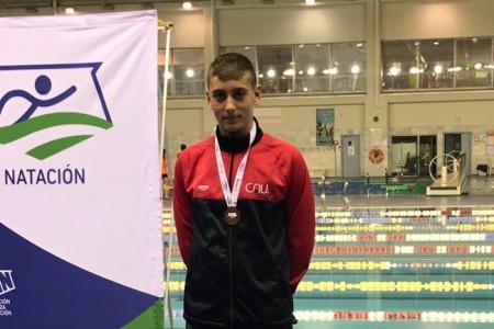 Jorge Perez Bronce en 1500m